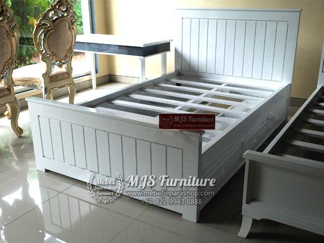 jual tempat tidur minimalis putih duco Jepara
