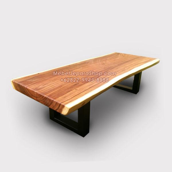 meja lesehan kayu trembesi