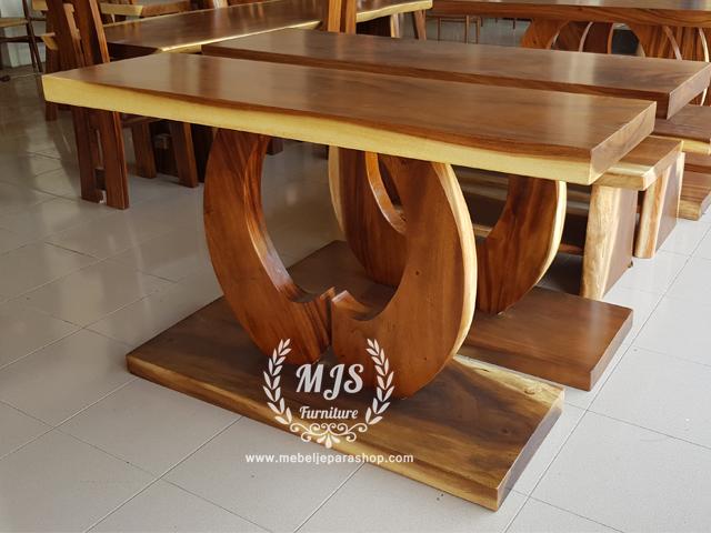 meja console bulan kayu trembesi