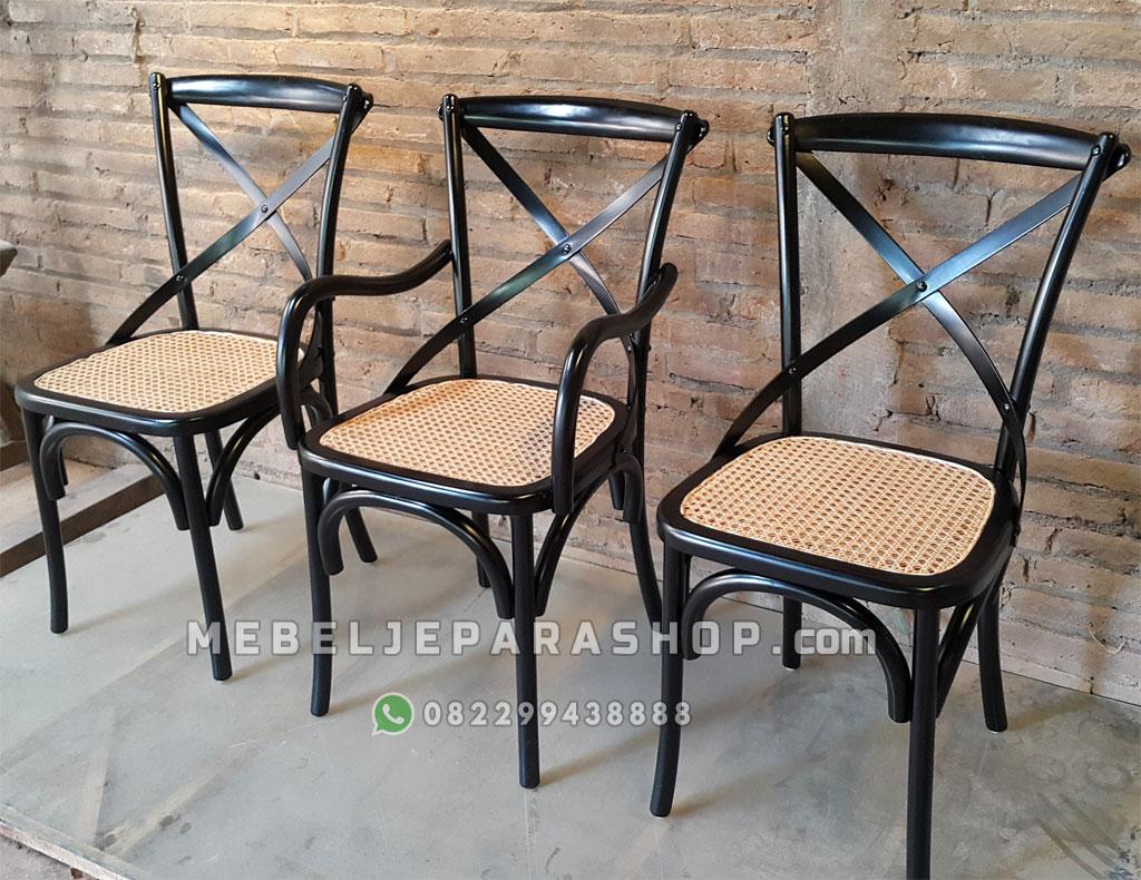 kursi cafe sandaran silang crossback hitam