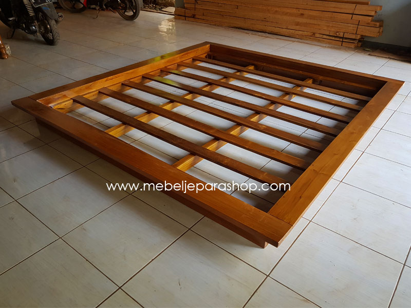tempat tidur minimalis model jepang