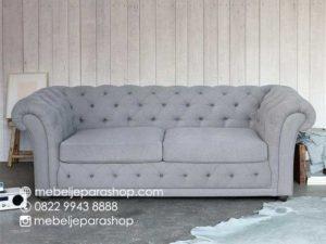 Sofa Ruang Keluarga Chesterfield