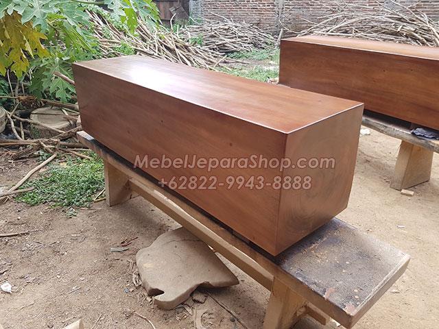 balok kayu suar trembesi kotak