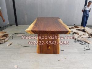 meja trembesi kecil 300x225 - Meja Kayu Trembesi Pendek Murah