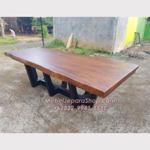 Meja Meeting Kayu Solid Trembesi Besar Panjang