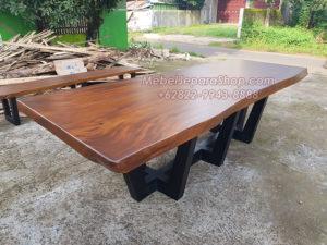 meja konferensi kayu trembesi solid panjang