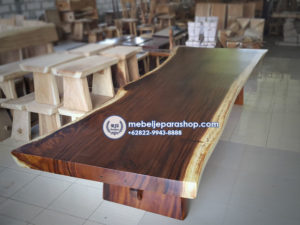 meja trembesi suar besar solid jumbo